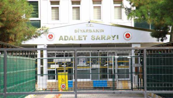 Duruşma salonunu terk eden 41 avukata 5 yıl sonra dava