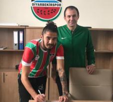 Diyarbekirspor, Fahri Küçükkurt'u transfer etti