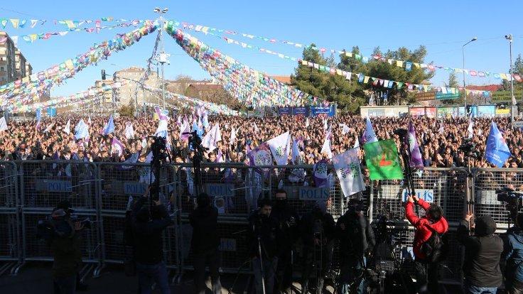 HDP'den açlık grevlerine destek mitingi