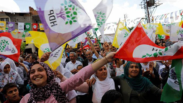 HDP 8 ilde adaylarını açıkladı