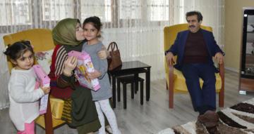 Vali Güzeloğlu'ndan şehit ailesine ziyaret