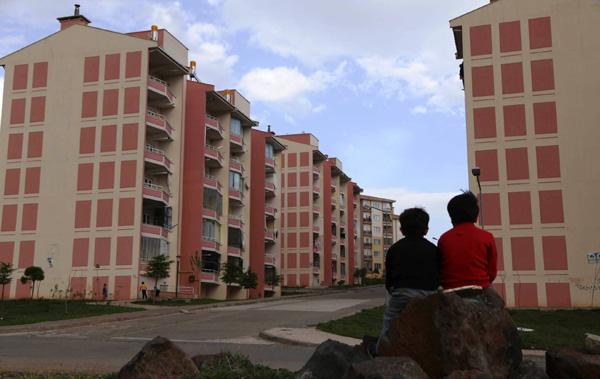 Kayapınar TOKİ evleri satışı sürüyor