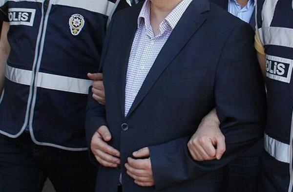 FETÖ'den gözaltına alınan Tuğgeneral Diyarbakır'a getirildi