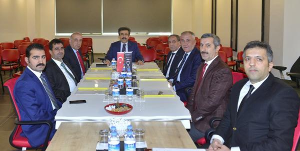 Vali Güzeloğlu, OSB'ye başkanlık etti