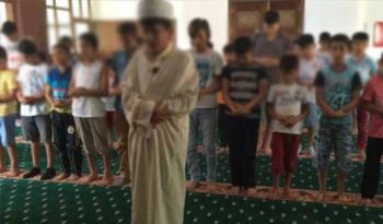 Diyanet'ten 'Çocuk cemaate çocuk imam' projesi