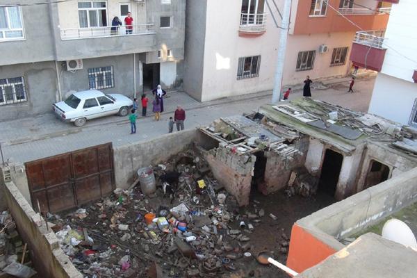 Video Haber: Mahallelinin 'çöp ev' tepkisi