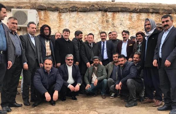Gezer ve ekibi köylerde seçim çalışması yaptı