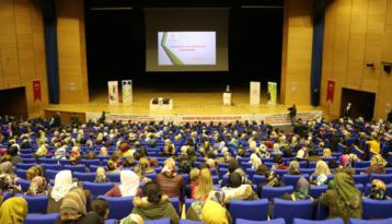 Diyarbakır'da kanser erken tanı konferansı
