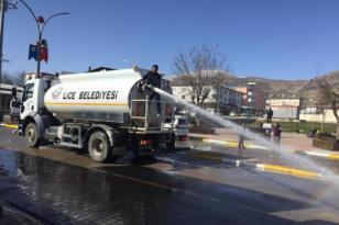 Lice Belediyesi yol temizleme çalışmalarına devam ediyor