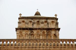 Dünyada bir örneği daha bulunmayan 2 bin yıllık anıtın üstünde eşsiz bir eser: Meryem Ana Kilisesi