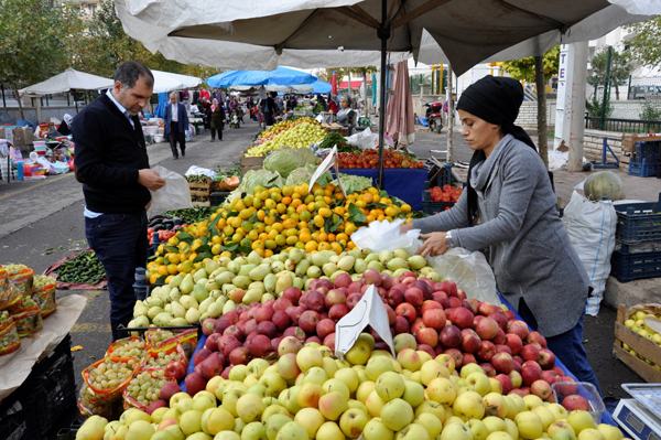 """""""Belediyeler sebze-meyve satışına başlıyor"""""""