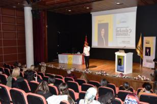 DÜ'den iletişimde bilinçli farkındalık semineri