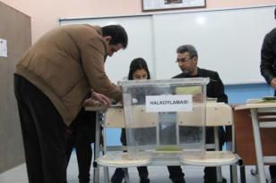Diyarbakır'da oy verme işlemi başladı