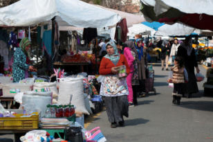 Türkiye'nin ilk kadın semt pazarındaki kadınlar;Tüm zorluklara rağmen çalışıyorlar