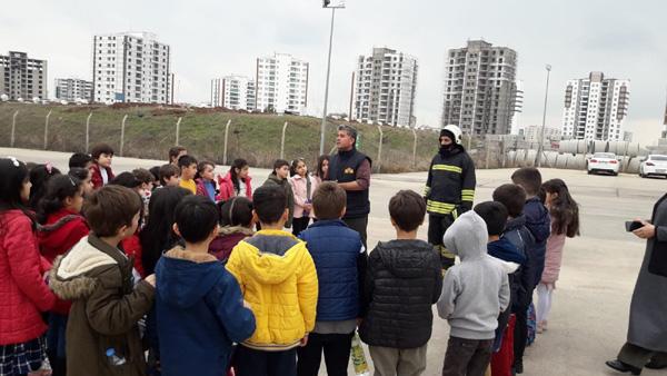 Öğrencilere itfaiye ve yangın eğitimi