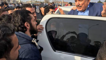 Selim Sadak miting sonrası gözaltına alındı