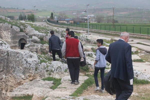 VİDEO HABER: Öğrenciler antik kentte temizlik yaptı