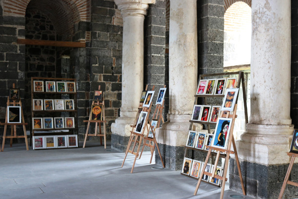 Diyarbakır'ın Van Gogh'u sergi hayaline kavuştu