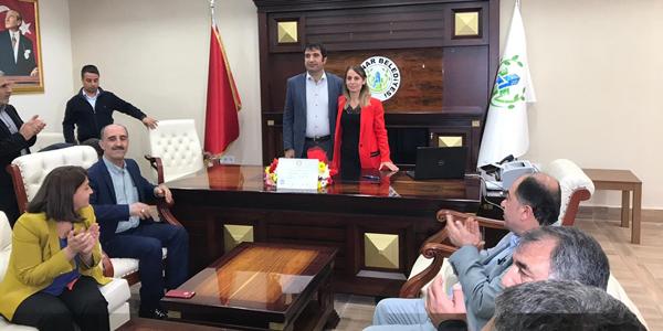 Kayapınar Belediye Eşbaşkanı Yılmaz mazbatasını aldı