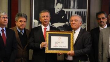 Mansur Yavaş mazbatasını aldı: Darısı İstanbul'a