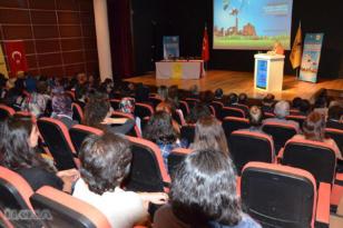 """VİDEO HABER: Diyarbakır'da """"Farmostik Bilimler Sempozyumu"""" düzenlendi"""
