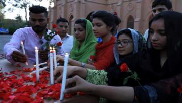 Video Haber: Ölü sayısı 310'a yükseldi: Cami saldırısına misilleme mi?