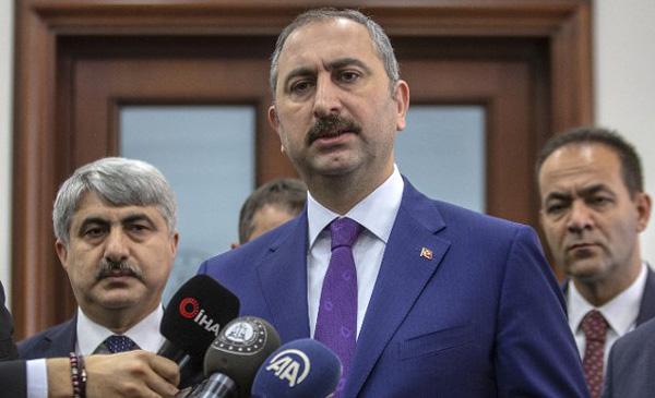 Bakan Gül: Öcalan'la görüşme yasağı kaldırıldı