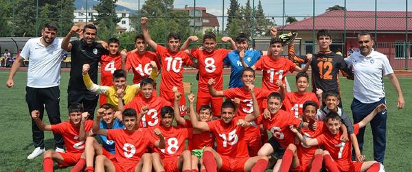 Amedspor U14'te şampiyon oldu