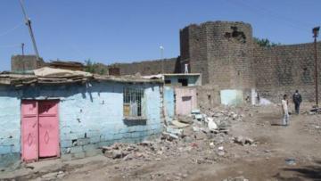 Baro'dan 'Sur'lar onarılsın' çağrısı