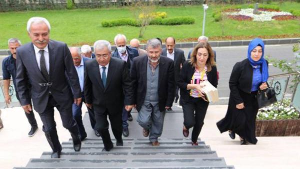 Kürt ittifakı partilerinden DBB'ye ziyaret
