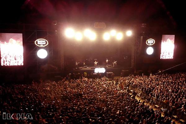 Gezgin Fest Van: Direnemiyor ve ayrılıyoruz