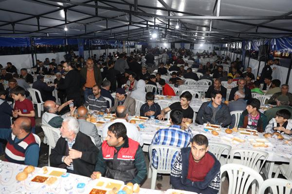 """""""Günlük 5 bin kişi iftar çadırlarından faydalanabilecek"""""""