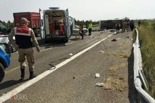 VİDEO HABER: 1 Mayıs kutlamasına giden sağlıkçılar kaza yaptı: 5 ölü, 14 yaralı