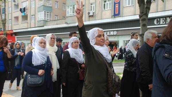 Tutuklu annelerinden yürüyüş