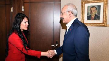Ayşe öğretmen Kılıçdaroğlu'nu ziyaret etti