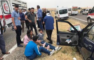 Yollarda can pazarı: 5'i çocuk 22 yaralı