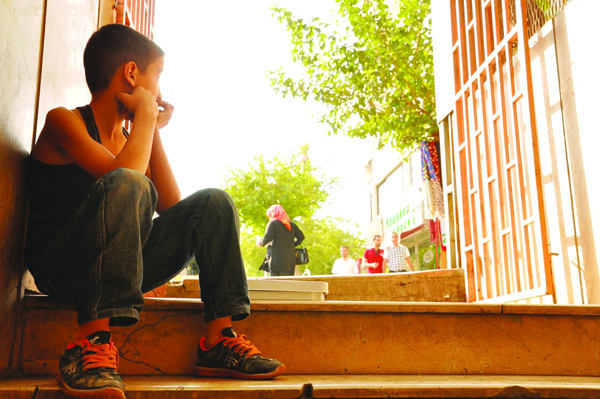 'Sokakta çalıştırılan çocuk büyük risk altında'