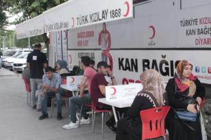 Diyarbakır'da kan verme kuyruğu