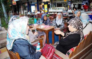 Sanat Sokağı'nda kadın buluşması: Nerede o eski Diyarbakır?