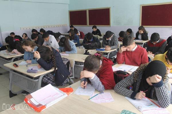 8'inci sınıf öğrencilerinin yüzde 16'sı dört işlem yapamıyor