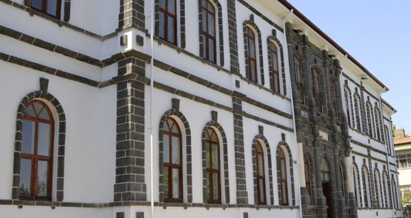 DTSO tarihi binayı dönüştürdü