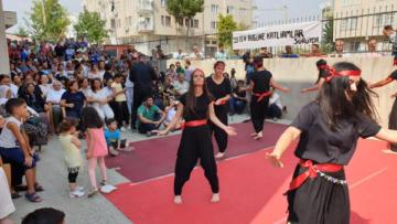 Diyarbakır Cemevi'nde aşure dağıtıldı