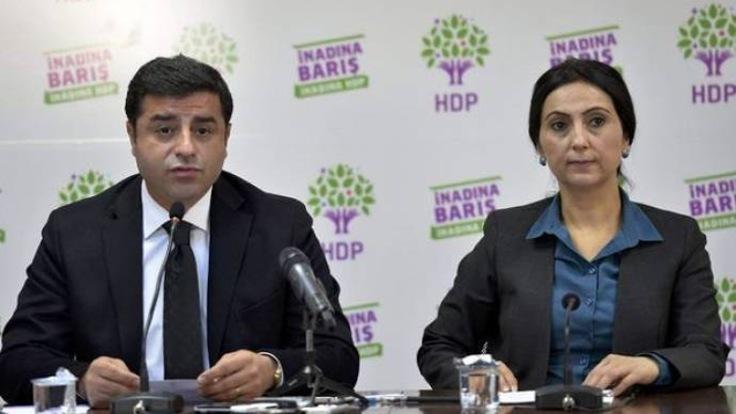 Demirtaş ve Yüksekdağ'a Kobanê Olaylarından tutuklama kararı
