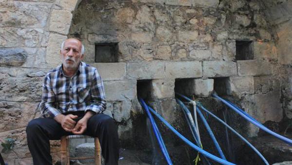 200 yıldır akmaya devam eden Ermeni çeşmesi