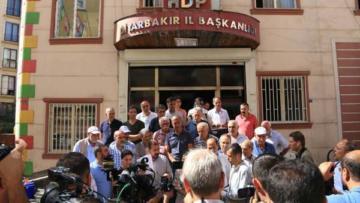 HDP'den 'oturma eylemleri' açıklaması; Siyasi bir oyundur