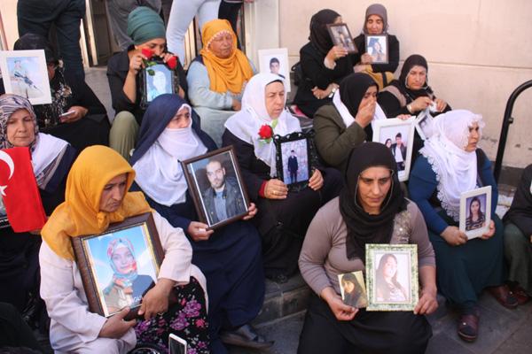 HDP önünde eylem yapan aile sayısı 43'e yükseldi