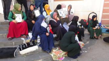 HDP önünde eylem yapan aile sayısı artıyor