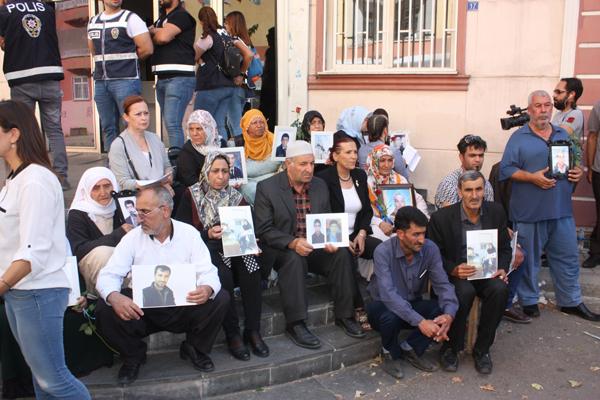 Diyarbakır'daki annelerinin çığlığı ülke sınırlarını aştı