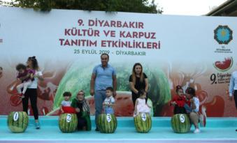Diyarbakır 9. Karpuz Festivali'nde '49 kiloluk karpuz' şampiyon oldu