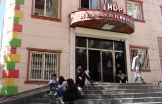 HDP il ve ilçe yöneticilerine soruşturma